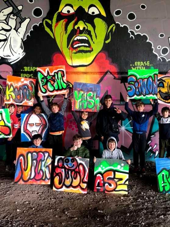 Foto 1: Graffiti Kinderfeestje (TIP)