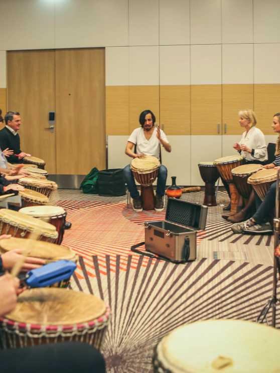 Foto 1: Djembé bespelen zonder enige muzikale voorkennis