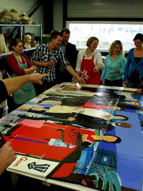 Foto 1: Maak samen één groot schilderij