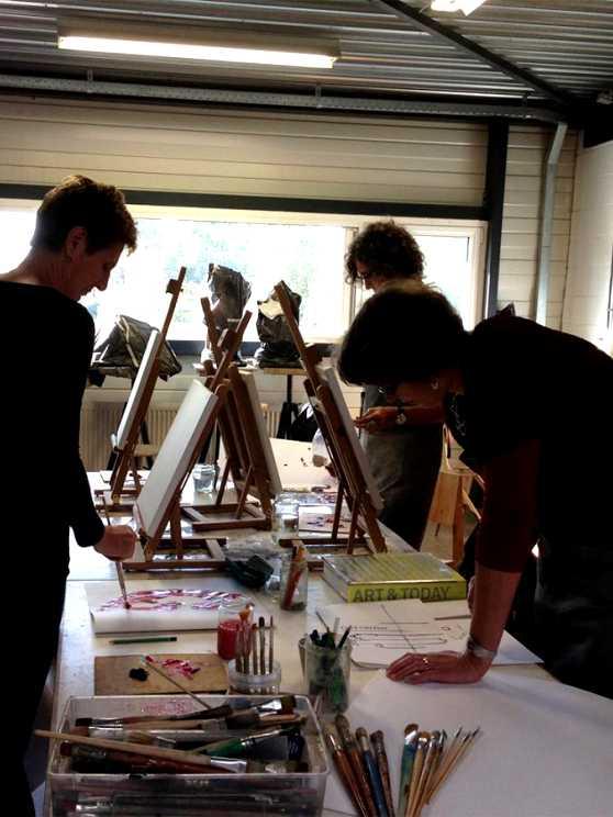 Foto 2: Maak samen één groot schilderij