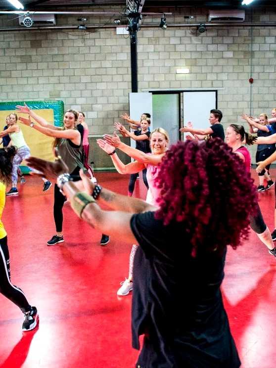 Foto 1: Workshop Zumba - Bevrijdend, Energiek en Gezond.