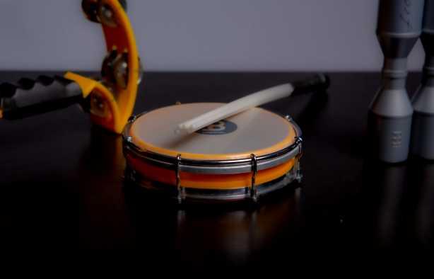 Foto 3: Bespeel meerdere instrumenten tijdens deze percussie experience