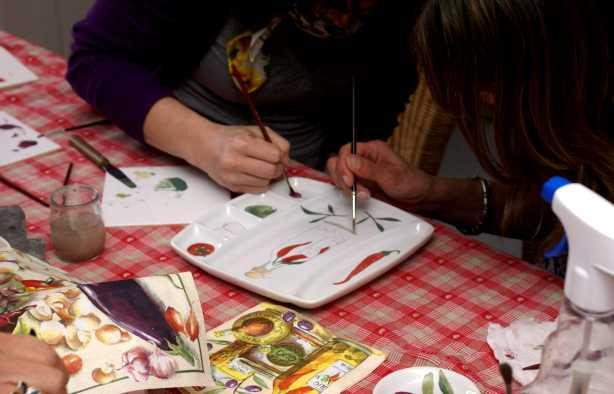 Foto 3: Workshop porselein schilderen - Samen maken we mooie herinneringen!