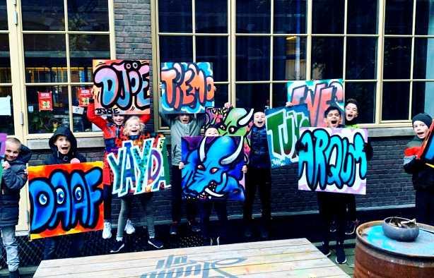 Foto 4: Graffiti Workshop van een echte Leidse Street-Art Kunstenaar!
