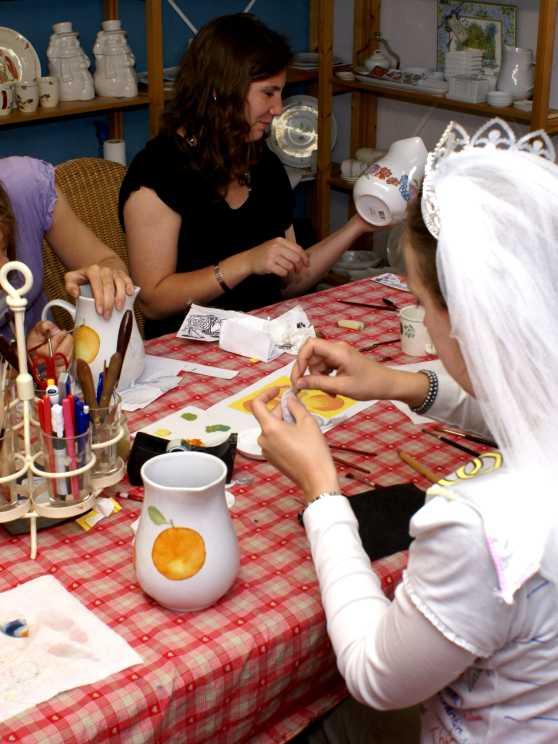 Foto 1: Workshop porselein schilderen - Samen maken we mooie herinneringen!