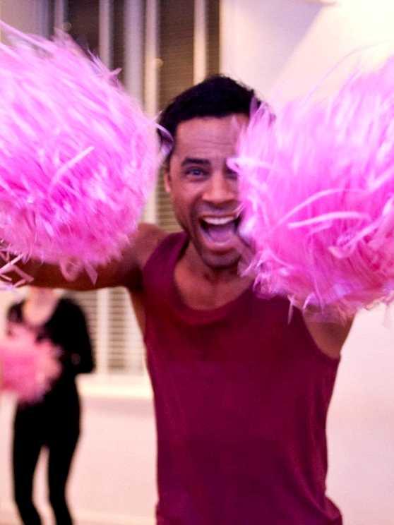 Foto 1: Ervaar hoe het is om een cheerleader te zijn