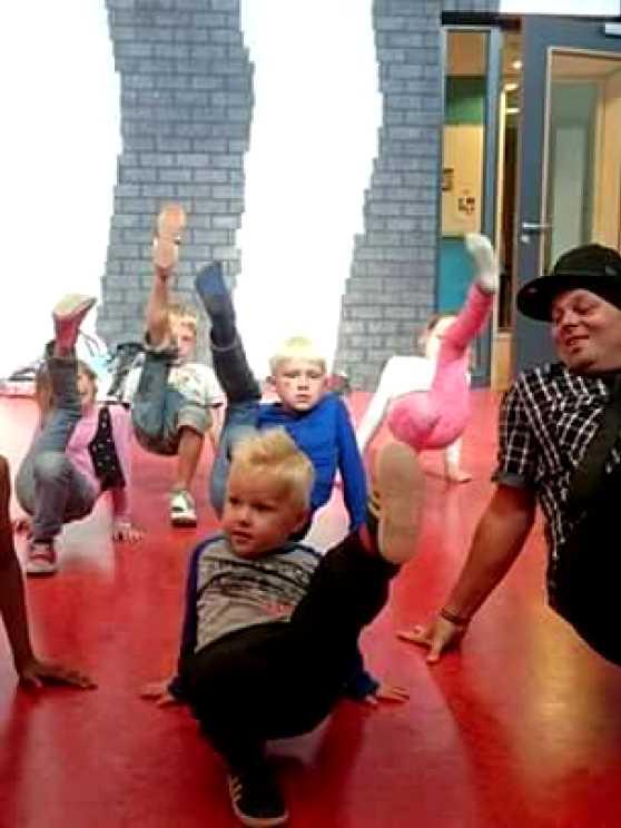 Foto 1: Een breakdance ervaring van een Old Skool b-boy