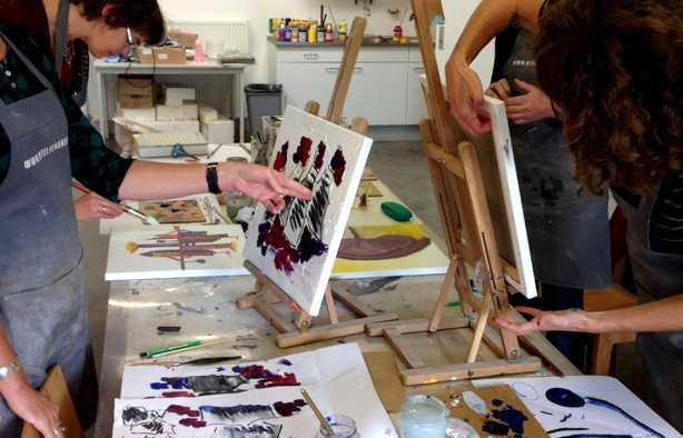 Foto 3: Maak samen één groot schilderij