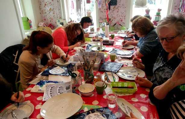 Foto 4: Workshop Servies Schilderen -  Etagères & Schalen Pimpen