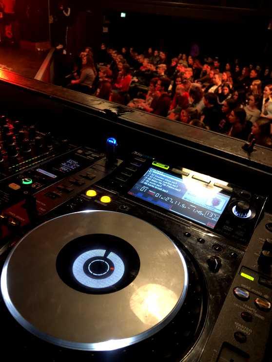 Foto 1: Leren draaien als Hardwell met deze toffe DJ workshop!