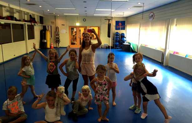 Foto 3: Workshop Kidsdance - Springen, zingen en vooral genieten van de leukste kinderliedjes