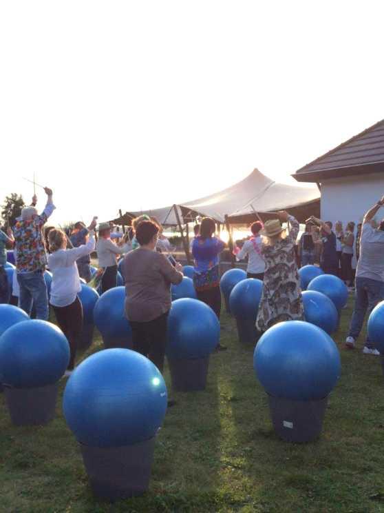 Foto 5: Drumble Dance - 100% drum- en dansplezier voor iedereen!