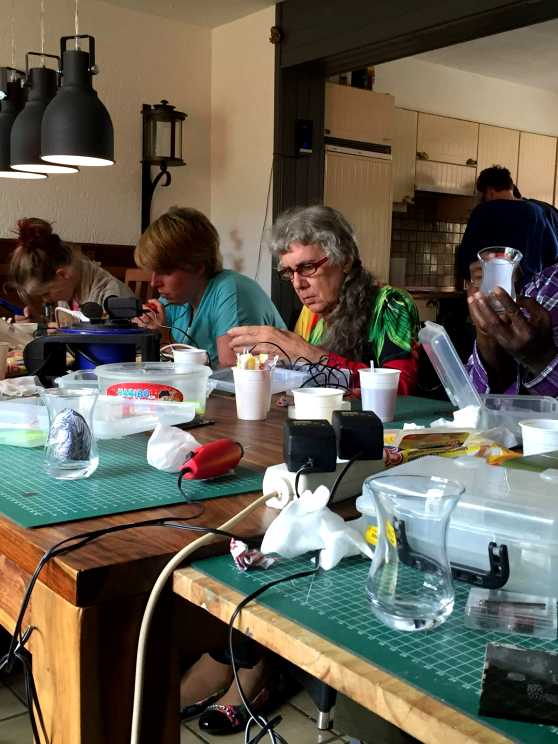 Foto 5: Workshop Glasschilderen in Maassluis - Top activiteit voor de Crea bea's