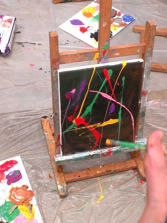Foto 1: Workshop blote voeten schilderen, ludiek, creatief en heel veel lol