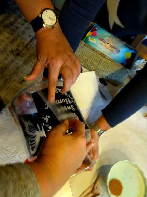 Foto 5: Workshop Glas Etsen - Maak je eigen voorraadpot of bloemenvaas