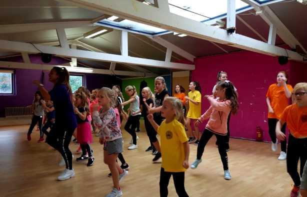 Foto 4: Leer de tofste streetdance moves van een pro!
